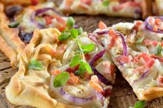 Recept voor een Koolhydraatarme quiche - Baktotaal Bouwhuis Bread And Pastries, Pastry Recipes, Hawaiian Pizza, Quiche, Meat, Chicken, Om, Everything, Pastries Recipes