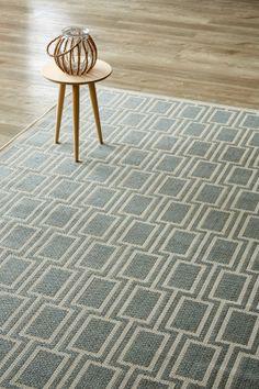 Block Haus Silvermint (1.6 X 2.3 m): Water-resistant, durable poly-propylene woven flatweave (1.6 x 2.3m). Sophistica...