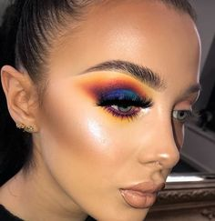 without eye makeup eye makeup goes with a red lip eye makeup eye makeup trends makeup for black dress makeup wings eye makeup remover necessary makeup brushes Makeup Trends, Makeup Inspo, Makeup Inspiration, Glam Makeup, Skin Makeup, Bridal Makeup, Makeup Geek, Sleek Makeup, Wedding Makeup