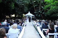 Wedding ceremony, Fairmont Newport Beach  Photo: www.clickchicksphotography.com  Coordination: www.simplysweet-weddings.com