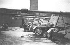 https://flic.kr/p/awZyxV   8,8 cm PaK 43/1 auf Geschützwagen III/IV « Nashorn » (Sd.Kfz. 164)   Courtesy fotki.yandex.ru/users/valiant-17/