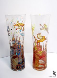 glass painting:no tutorial but lovely glasses Diy Projects To Try, Crafts To Do, Diy Crafts, Bottle Painting, Bottle Art, Painted Bottles, Glass Design, Vases, Stained Glass