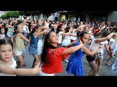 Flash mob baile flamenco Écija Baila Shopping Night 2017 - YouTube