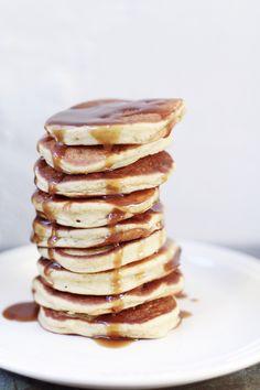 vanilla pancakes with salted caramel sauce, (v/gf).