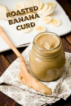 Banana Curd This roasted banana curd made with Fair Trade bananas, sugar, and cinnamon is sinfully delicious!This roasted banana curd made with Fair Trade bananas, sugar, and cinnamon is sinfully delicious! Butter Cupcakes, Cookie Butter, Peanut Butter, Winter Marmelade, Baby Food Recipes, Sweet Recipes, Keks Dessert, Dessert Bread, Roasted Banana