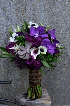Amy's bridal bouquet!  www.twistedwillowweddings.com