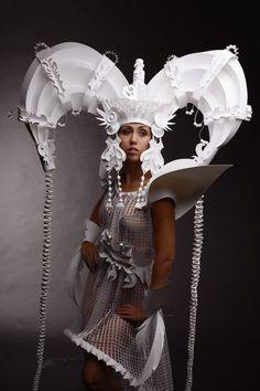 Simply Creative: Paper Mongolian Wedding Costumes by Asya Kozina Paper Fashion, Fashion Art, Paper Clothes, Paper Dresses, Wedding Doll, Wedding Costumes, Art Plastique, Hair Art, Costume Design