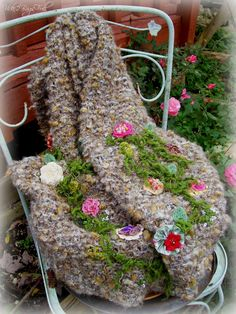 these wraps are beautiful --- 2 Bags Full - My adventures in travel, knitting, and the blessings of my every day life.: The last Blooms of Summer--(introcucing my new knitted wrap collection)