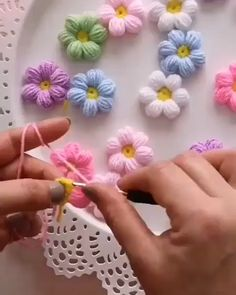Tutorial video how to make flowers crochet By: . - Tutorial video how to make flowers crochet 💐💐💐💐 By: . Informations About Tutorial video how to make flowers crochet By: . Crochet Puff Flower, Crochet Flower Tutorial, Crochet Flower Patterns, Crochet Designs, Crochet Flowers, Crochet Sunflower, Crochet Butterfly, Crochet Crafts, Easy Crochet