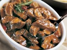 SIRLOIN TIPS AND MUSHROOMS -  so yummy! I don't add in the tomato paste!