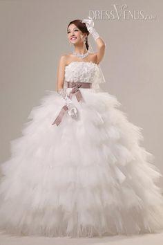 Luxury Ball Gown Floor-Length Strapless Ruffles Wedding Dress