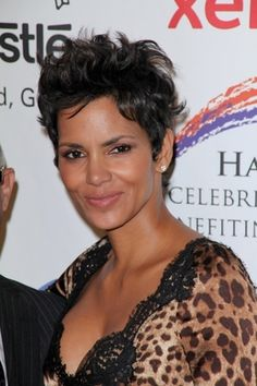 Halle Berry Short Wavy Pixie - Short Hairstyles for Wavy Hair