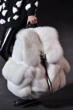 "pierresb: ""sirmichaelking: ""mulberry-cookies: "" Arctic Fox Fur Backpack @ Philipp Plein Fall 2015 (Details) "" Need. "" Amazing. """