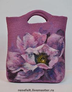 Beautiful hand-felted bag ♥ by renefelt Handmade Felt, Handmade Bags, Nuno Felting, Needle Felting, Felt Pictures, Felt Purse, Felt Art, Felt Flowers, Beautiful Bags