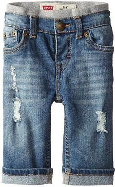 Levi's Baby Boys' Murphy Pull-On Jeans,Vintage Sky, Months: He seems to be growing before your very eyes. The Levi's 526 regular fit jean helps by ensuring a comfortable fit thanks to elastic band at the back waist. Pull On Jeans, Jeans Fit, Denim Jeans, Baby Boys, Baby Boy Newborn, Baby Boy Fashion, Kids Fashion, Fashion Games, Fashion Clothes