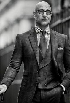Sharp Dressed Man, Well Dressed Men, Handsome Men Quotes, Casual Mode, Style Masculin, Bald Men, Suit And Tie, Gentleman Style, Stylish Men