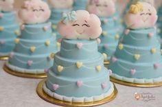 Já viu chuva de amor mais linda?💕💕💕Owwww, que fofuraaaa!!! A @ingredgarofano é muito top quando o assunto é encantar!