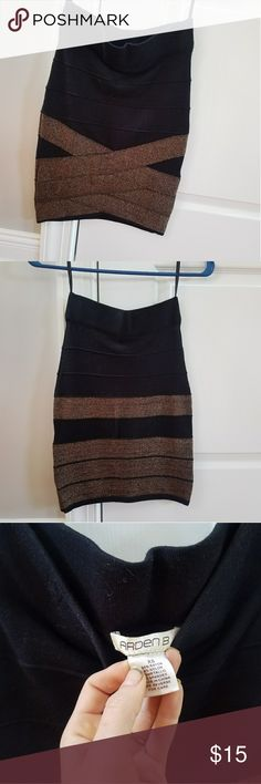 Arden b bandage skirt xs Great condition! Thick and controlling material, so flattering! Skirts Pencil