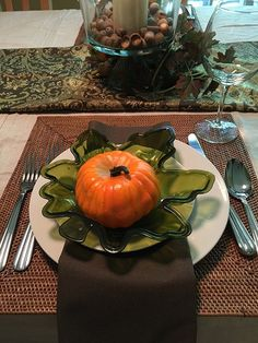 """Dinner Napkin – Durable, Cloth Like & Disposable (16""""x16"""", 250 Un-Folded): Home & Kitchen"""