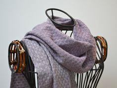 Handwoven cashmere scarf - Wisteria (lavender)