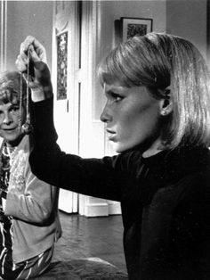 Rosemary's Baby was a 1968 horror film directed by Roman Polanski and based on the novel written by Ira Levin. Halloween Movies, Scary Movies, John Cassavetes, Rosemary's Baby, Mia Farrow, Psychological Horror, Roman Polanski, Famous Monsters, Fade To Black