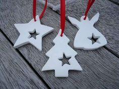 4 X Ornaments Weihnachten Clay mit Glocke von MYMIMISTAR auf Etsy - cakerecipespins. Salt Dough Christmas Ornaments, Clay Christmas Decorations, Christmas Clay, Christmas Scents, Clay Ornaments, Handmade Christmas, Holiday Crafts, Etsy Christmas, Selling Handmade Items