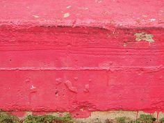 hot pink curb