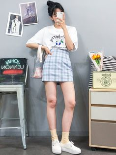 10 ideas to rock with plaid skirt - Guita Moda - She has become an indispensable item in the fashion girls closet and has been making the ultra styl - Korean Girl Fashion, Korean Fashion Trends, Ulzzang Fashion, Korean Street Fashion, Korea Fashion, Japanese Fashion, Pop Fashion, Cute Fashion, Asian Fashion