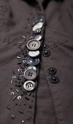 Buttons as embellishment - fashion design detail; sewing inspiration // Alabama Chanin