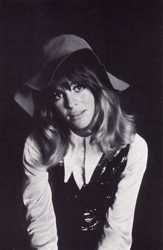 JULIE CHRISTIE: photograph by Peter Knapp. Image scanned by Sweet Jane.
