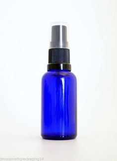 Spray bottles Spray Bottle, Water Bottle, Blue Glass Bottles, Facial Serum, Aromatherapy, Drinks, Beauty, Products, Drinking