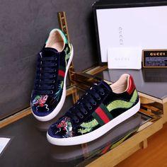 Adidas NMD R1 Japan On feet