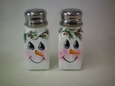 Snowman Salt and Pepper Shakers by Weaverartsandcrafts on Etsy
