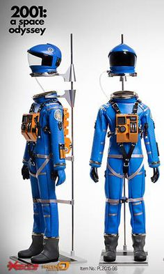 "toyhaven: Executive Replicas ""2001: A Space Odyssey"" 1:6 scale Discovery Astronaut Blue Space Suit"