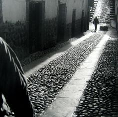 For Sale on - Encuentro, Cuzco, Peru, Silver Gelatin Print by Mario Algaze. Offered by PDNB Gallery. Bw Photography, Monochrome Photography, Street Photography, August Sander, Henri Cartier Bresson, Edward Weston, Robert Doisneau, Richard Avedon, Washington Dc Travel