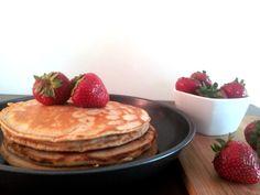Cynamonowe pancakes z truskawkami - pychota!