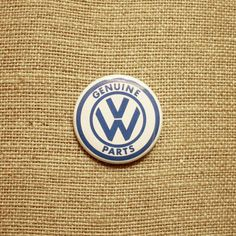 "VW Parts 1.5"" Button Pin Pinback Volkswagen Bug Beetle Racing Hot Rod Gearhead"
