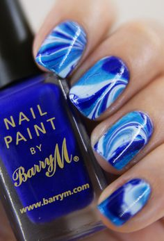 Water Marble Nails: so cool! Get Nails, Fancy Nails, Love Nails, How To Do Nails, Blue Nail Designs, Cool Nail Designs, Baby Blue Nails, Water Marble Nail Art, Nailart