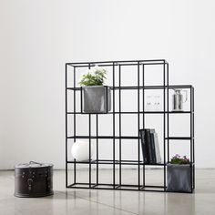 Plants and books shelving system | iPot