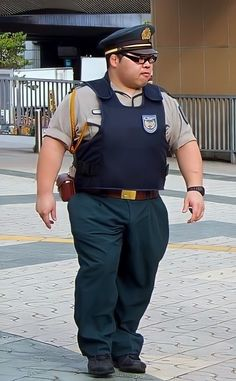 Special Kids, Fat Man, Men In Uniform, Military Uniforms, Big Men, Asian Men, A Good Man, Bears, Men's Fashion