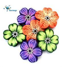 Flower beads by Marcia - Mars design, via Flickr