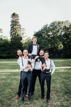 Carina und Anton: Wiener Traumhochzeit in Peach AGNES & ANDI http://www.hochzeitswahn.de/inspirationen/carina-und-anton-wiener-traumhochzeit-in-peach/ #wedding #mariage #groomsmen