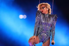 lady gaga super bowl | Lady Gaga's Super Bowl Roof Jump & Drones Were Pre-Recorded ...
