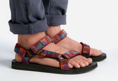 Fashion people are so full of crap. They declare trends from an ivory tower of smug, like arbiters of cool. But there's good news for Bros who are all about the during the summer. Mens College Fashion, Mens Fashion, Teva Mens Sandals, Granola Girl, Outdoor Fashion, Birkenstock Mayari, Menswear, Guys, How To Wear