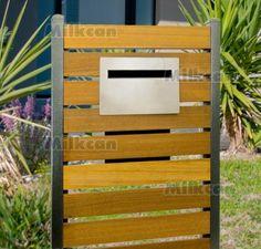 Palazzo Timber mailbox