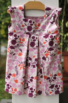 great blog for sewing for little girls