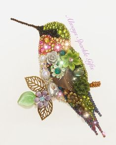 Sitting Hummingbird Button art by Always Sparkle Gifts available on Etsy ✨You can find Vintage jewelry crafts and. Costume Jewelry Crafts, Vintage Jewelry Crafts, Vintage Jewellery, Silver Jewellery, Antique Jewelry, Art Perle, Art And Craft Videos, Jewelry Tree, Jewelry Wall