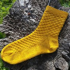 These socks are advocates for summer fun! They are happy to lounge with you and your cool beverage on the patio, help make sure your tomatoes aren't drying out, and are especially good at ignoring the neighbours.