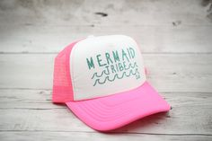 Incredible Women Mermaid Dress Ideas That Inspired You Mermaid Hat, Mermaid Lagoon, Mermaid Board, Sea Costume, Fish Costume, New Halloween Costumes, Cool Costumes, Best Kid Movies, Dad Hats