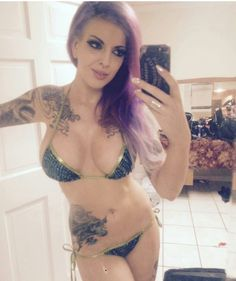 Inked beauty @penny_poison!  #MustFollow #Model #Sexy #camgirl #cammodel #inked #altmodel #inkedgirls #inkedbabes #tattooedgirls #girlswithtattoos #Babes #beauty #selfshot
